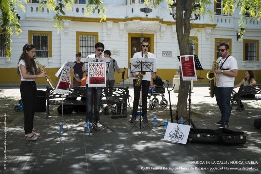 <h5>Música en la calle/Música na rua</h5>