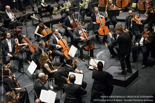 <h5>Orquesta de Extremadura</h5>