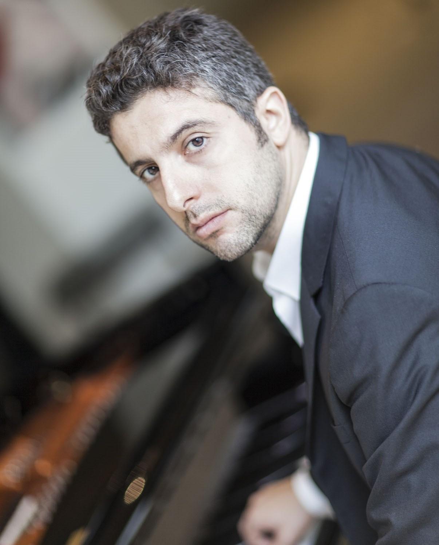 Javier Negrín